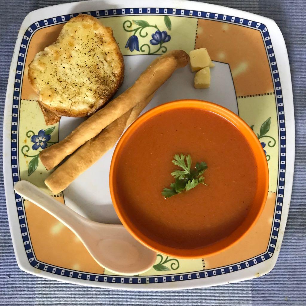 Tomato Soup – Thick and Creamy