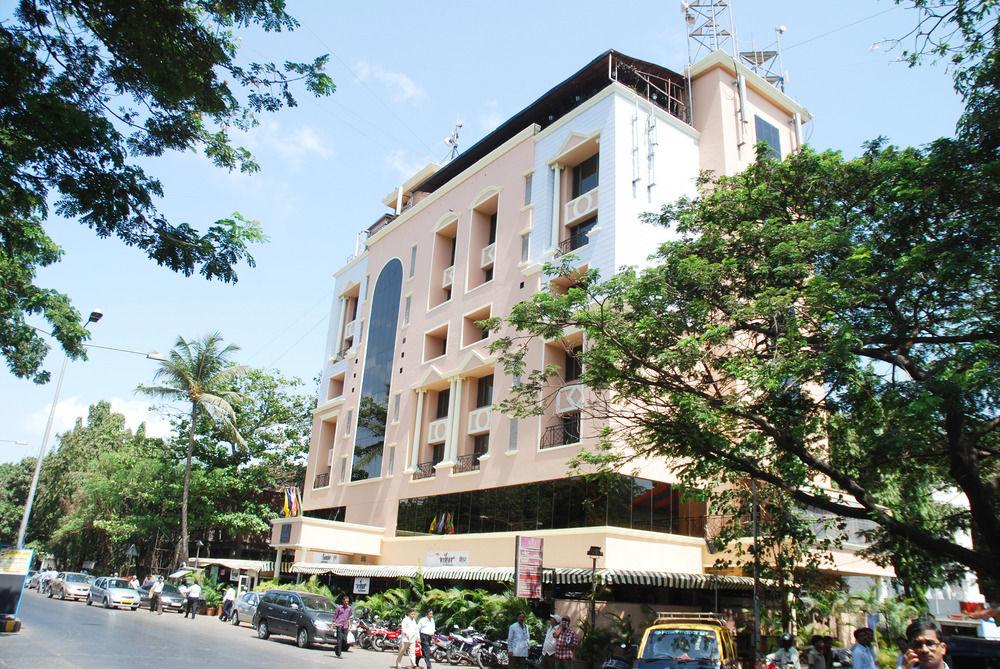 Hotel tunga international andheri east