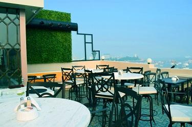 Bayview Café, Colaba | Mumbai