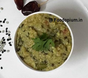 Dal Khichadi Recipe in Pressure Cooker