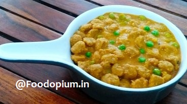 Soya Nuggets and Peas Curry Recipe